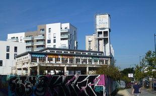 L'ancienne brasserie Kronenbourg a cessé de fonctionner en 2003.