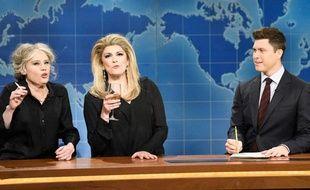 Kate McKinnon et Cecily Strong interprètent Catherine Deneuve et Brigitte Bardot pour un sketch du Saturday Night Live.