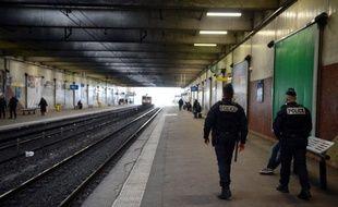 Mardi 27 mai 2014, un homme a tiré avec une arme à feu sur une rame du RER D.