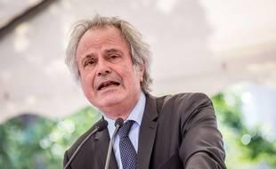 Le journaliste  Franz-Olivier Giesbert le 24 avril à Lyon à la commémoration du 102e anniversaire du  génocide qui a tué environ 1,5 million d'Arméniens par des Turcs ottomans entre 1915 et 1919.