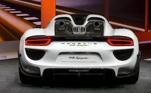 La Porsche 918 Spyder est présentée le 3 mars 2014 au salon de Genève