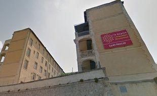 Le lycée Henri-IV de Béziers