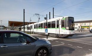 Un tramway sortant de la station Haluchère (illustration).