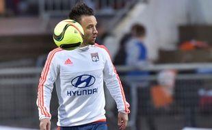 Mathieu Valbuena à l'échauffement le 3 avril 2016.