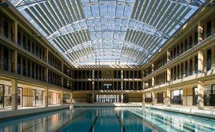 Le complexe sportif piscine et patinoire Pailleron situé dans le 19e arrondissement de Paris.