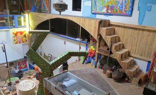 L'artiste a construit lui-même les cinq escaliers de l'atelier.