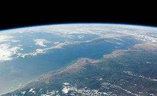 """""""Mexico, Golfe de Californie"""", l'une des images prises depuis l'espace par le québécois Guy Laliberté"""
