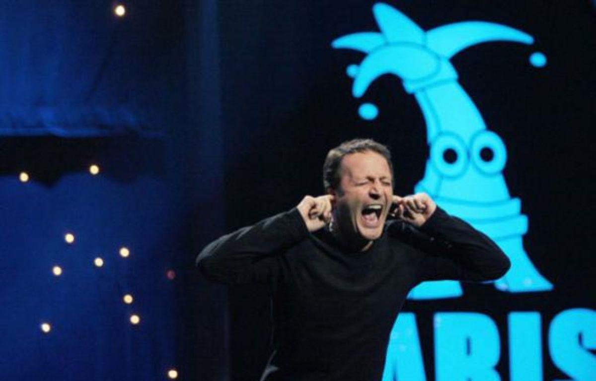 Le comédien Arthur en spectacle à l'Olympia. Paris, le 28 mars 2008.    – N. CHAUVEAU / SIPA