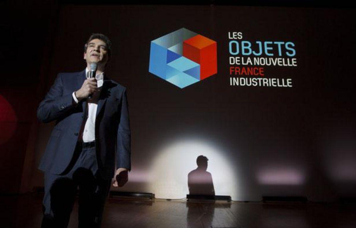 Arnaud Montebourg, ministre du redressement productif, présentait les  objets de la «nouvelle france industrielle» avec les entreprises  Michelin, Stentys et Deinove, le 19 février 2013 au ministere des finances à Bercy. – A. GELEBART / 20 MINUTES