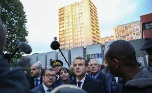 Emmanuel Macron en déplacement à Clichy-sous-Bois le 13 novembre 2017.