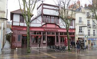 Le Cinématographe devrai s'installer en lieu et place de ce restaurant Hippopotamus.