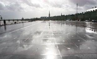 Le miroir d'eau, sur les quais de la Garonne, à Bordeaux