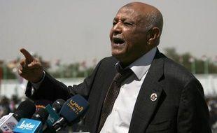 """Le président yéménite Abd Rabbo Mansour Hadi a assuré que les tirs contre le convoi du Premier ministre étaient un acte """"isolé"""" et que les agresseurs seraient punis, a rapporté dimanche l'agence officielle Saba."""