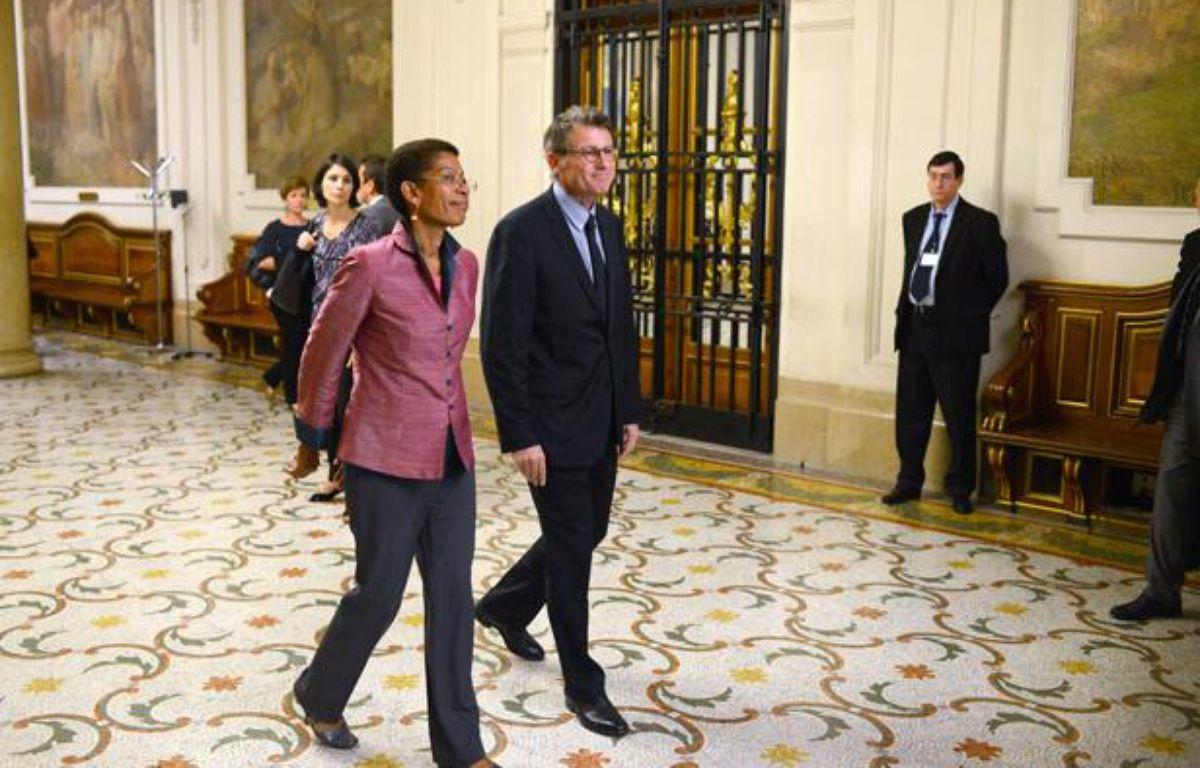 Le ministre de l'Education, Vincent Peillon, et la ministre déléguée chargée de la Réussite éducative, George Pau-Langevin, à La Sorbonne, à Paris, le 5 juillet 2012. – MARTIN BUREAU / AFP