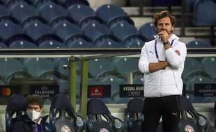 Le coach marseillais plongé dans le doute après la nouvelle défaite de l'OM en Ligue des Champions, face à Porto.