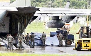 L'armée brésilienne, hier, à Fernando de Noronha, participe aux recherches.