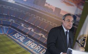Le président du Real Madrid Florentino Perez lors d'une conférence de presse, le 10 juillet 2017.