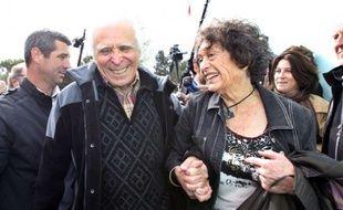 Christian Iacono, 77 ans dont douze passés à clamer son innocence après des accusations de viol proférées puis retirées par son petit-fils Gabriel, a franchi définitivement jeudi matin la porte de la maison d'arrêt de Grasse (Alpes-Maritimes).