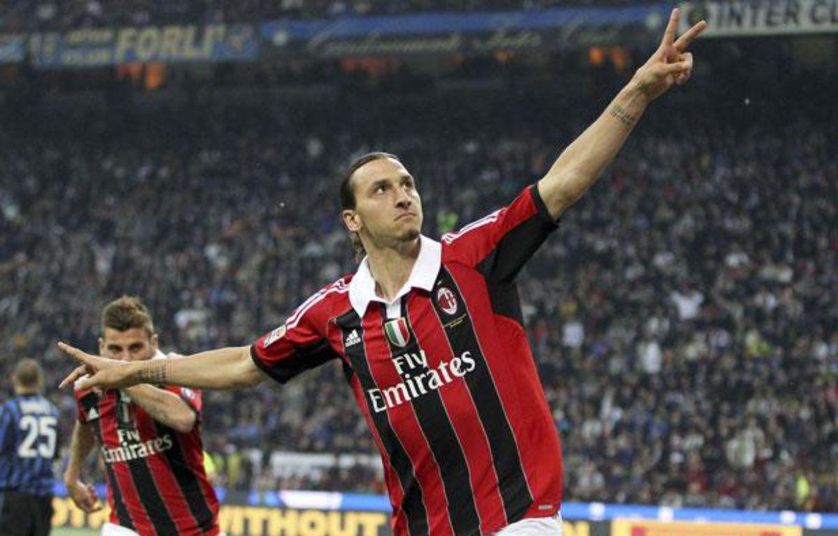 Zlatan Ibrahimovic dans le derby face à l'Inter Milan,à San Siro,le6 mai 2012. – Antonio Calanni/AP/SIPA