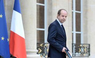 Le ministre de la Justice, Jean-Jacques Urvoas, à la sortie du conseil des ministres le 27 avril 2016 à l'Elysée à Paris