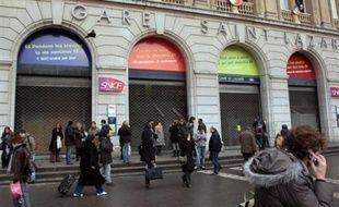 """La grève à la SNCF, dans le cadre de la journée d'action interprofessionnelle jeudi, a débuté mercredi à 20H00 mais, a indiqué la direction de la SNCF, le trafic devait être """"quasi normal"""" mercredi soir, les arrêts de travail avant jeudi matin étant très marginaux."""