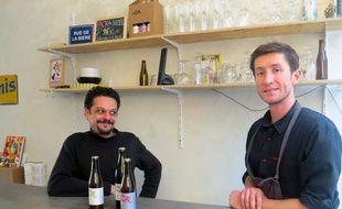 Laurent Jaïs et Max Brunet, les deux fondateurs de la micro-brasserie La Minotte à Marseille.