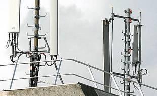 Une antenne-relais à Lille.