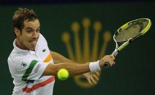 Le Français Richard Gasquet, tête de série N.3 et 13e joueur mondial, s'est qualifié pour les demi-finales du tournoi ATP de Bâle en battant le Russe Mikhail Youzhny, tête de série N.6 et 27e à l'ATP, 6-2, 7-6 (7/5), vendredi.