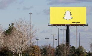 Le logo de Snapchat sur un panneau publicitaire aux Etats-Unis.