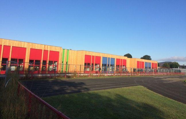L'école Alfred Daney a été construit provisoirement en attendant la livraison d'une école en dur, programmée pour 2020.