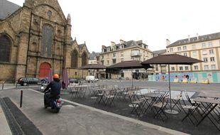La place Saint-Germain à Rennes a retrouvé quelques couleurs.