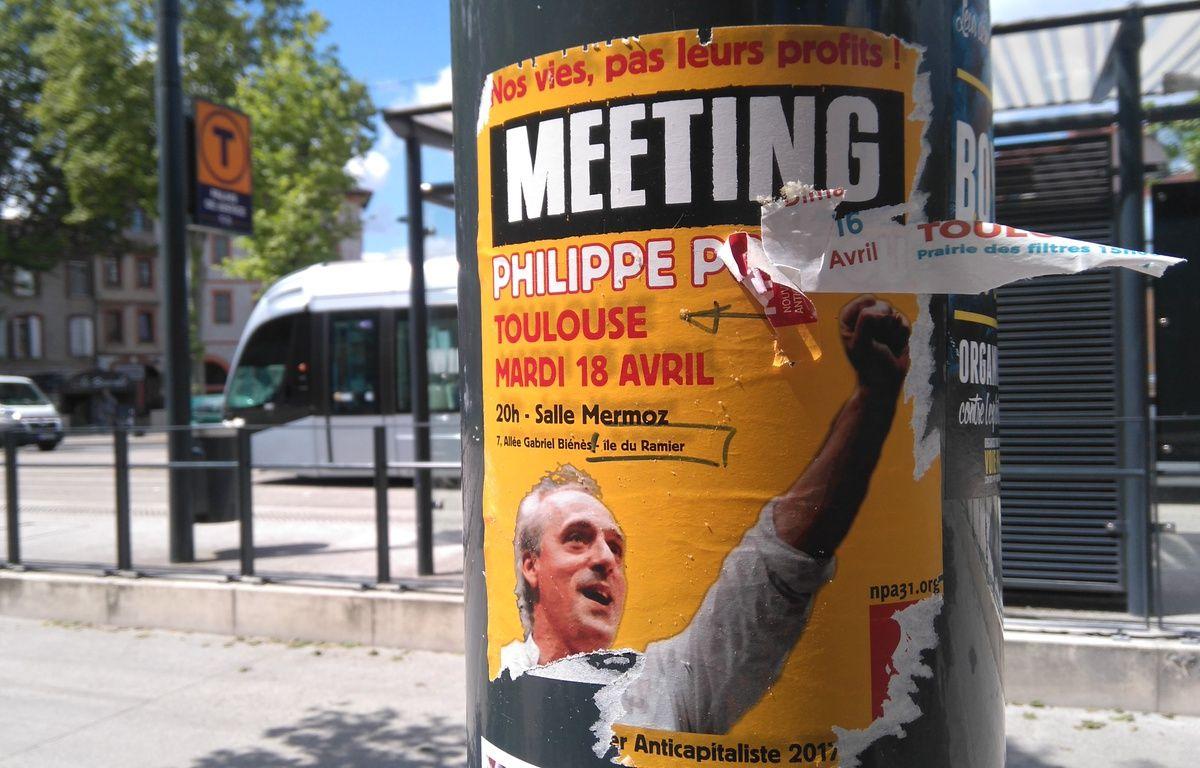 Une affiche sauvage collée à Toulouse. – B. Colin - 20 Minutes