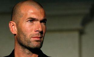 Zinedine Zidane lors d'une opération commerciale le 28 octobre à Hong Kong.