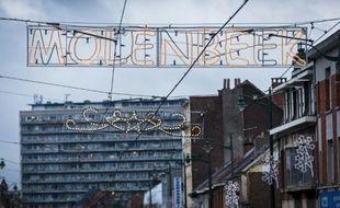 Des décorations de noël dans le quartier de Molenbeek-Saint-Jean à Bruxelles le 16 novembre 2015