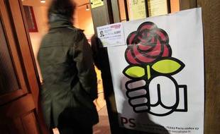 Une affiche du parti socialiste, lors d'un meeting pour les Regionales Nord-Pas de Calais, en 2010 à Douai