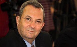 Le ministre israélien de la Défense Ehud Barak a vendu son appartement de luxe de Tel-Aviv pour 7 millions de dollars, empochant un bénéfice de près de 3 millions de dollars, a révélé dimanche le quotidien économique Globes.