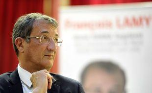 Lancement de campagne de Francois Lamy, candidat PS aux lgislatives pour la première circonscription a Lille. Avec Martine Aubry, maire de Lille. Lille. Le 12 mai 2017.