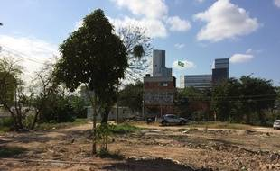 Peu avant les Jeux s'élevait encore sur ce terrain vague la favela de Vila Autodromo.
