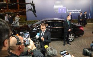 Emmanuel Macron à la sortie du Conseil européen, au petit matin, ce vendredi.