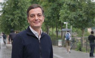 Alain Fontanel sur le quai des Bateliers, à Strasbourg.