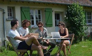 Mutinerie Village est un espace de coworking en pleine nature, dans le Perche.