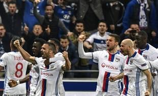Jérémy Morel a offert une victoire quasi inespérée aux Lyonnais au bout de la nuit.