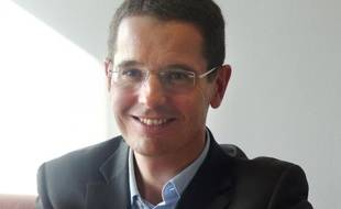 Arnaud Giraudon, expert en assurance et président de AcommeAssure.com
