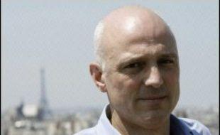 Lors d'un conseil d'administration qui a suivi cette annonce, le journaliste Vittorio de Filippis, 47 ans, spécialiste en économie internationale, actuel gérant de la SCPL, est devenu PDG à titre transitoire.