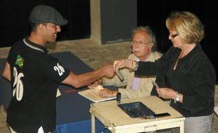 La maire de Montpellier, Hélène Mandroux (PS), a clos le scrutin dimanche, à la mairie.