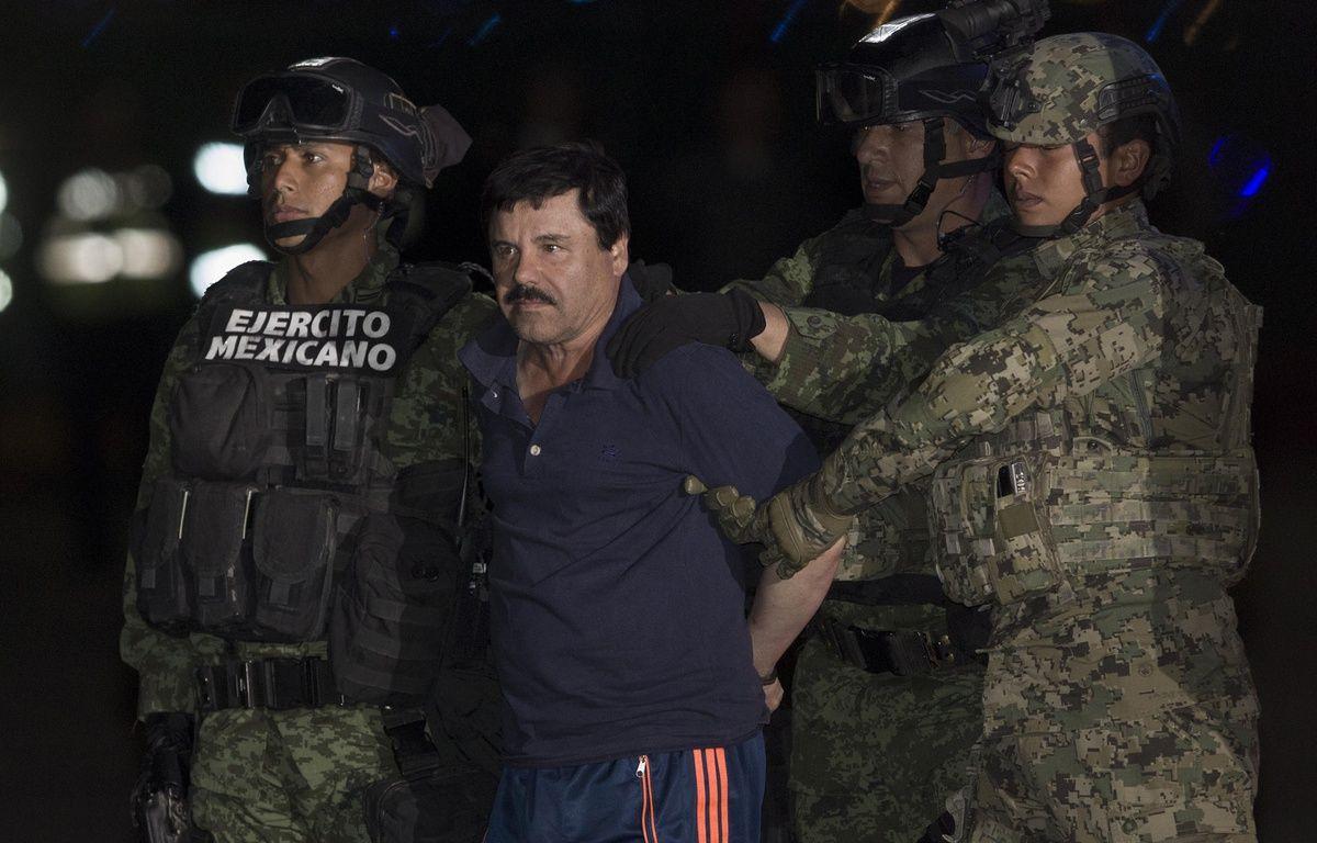 Joaquin «El Chapo» Guzman aux mains de la police à Mexico, au Mexique, le 8 janvier 2016. –  XINHUA/SIPA