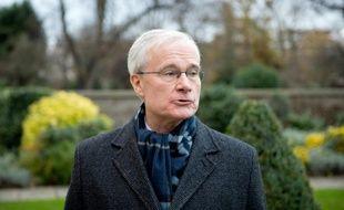 Bernard Emié à Londres, le 6 décembre 2013