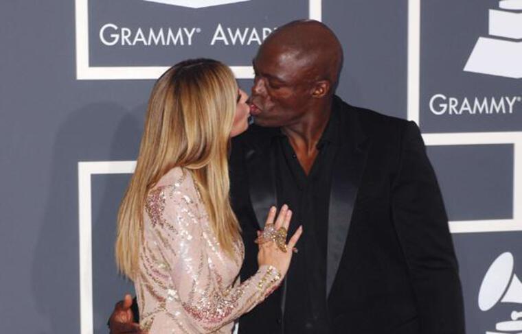 Heidi Klum et Seal, toujours aussi amoureux, sur le tapis rouge des 52e Grammy Awards, à Los Angeles, le 31 janvier 2010.