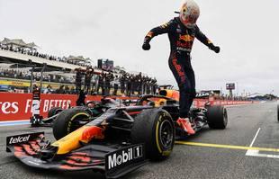 Le pilote néerlandais Max Verstappen (Red Bull) réagit après avoir remporté le Grand Prix de France de Formule 1 sur le circuit Paul-Ricard du Castellet, dans le Var, dimanche 20 juin 2021.
