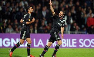 Le buteur lyonnais Lisandro Lopez lors du 1er match de Ligue Europa contre Prague, le 20 septembre 2012, à Gerland.